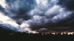 Alert RCB: bardzo silne burze w Polsce!
