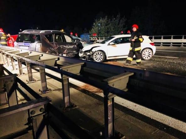 Karambol na trasie S1 w kierunku Sosnowca: Zderzyło się sześć pojazdów