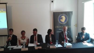 Aborcja eugeniczna i inne formy zabijania dzieci łamią Konstytucję oraz prawo międzynarodowe – konferencja Ordo Iuris