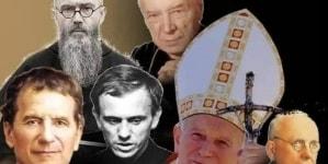 Akcja polskich katolików #KsiężaJakSamoloty w odpowiedzi na nagonkę na Kościół!