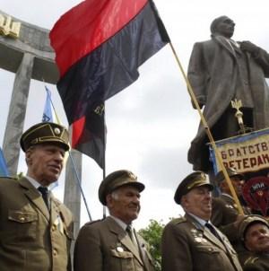 Ukraina zmienia historię! Wykreśla z książek fakt współpracy Szuchewycza z nazistami