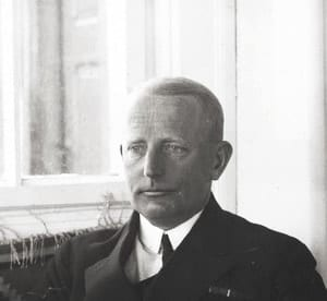 Do Polski sprowadzane są szczątki wiceadmirała Józefa Unruga i jego małżonki Zofii
