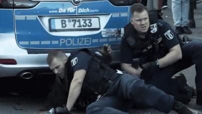 [WIDEO] Berlińscy policjanci aresztujący czarnoskórego mężczyznę zostali oskarżeni o rasizm