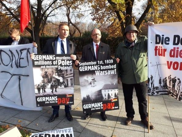 Merkel w Polsce, a pod KPRM pikieta ws. reparacji wojennych!