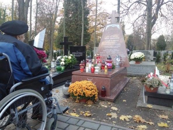 Wszechpolacy pamiętają o narodowcach i żołnierzach w Zaduszki