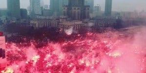 Winnicki, Bąkiewicz i Przebitkowski na Marszu Niepodległości. Mocne słowa w kierunku rządu i kleru!