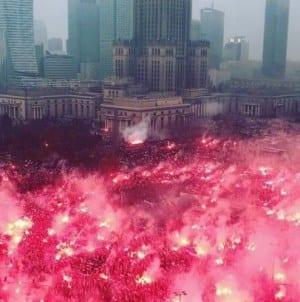 [OPINIA] Biniewski: Radykalizacja, Rewolucja, Demokracja, Hierarchia