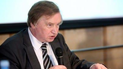 """Prof. Ryszard Piotrowski: """"Trasa Marszu Niepodległości należy do organizatorów. Żadna władza nie ma prawa jej odebrać!"""""""