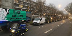We Francji trwa mobilizacja rolników – traktory blokują prefektury