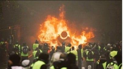 PILNE! MSW Francji zakazało organizacji protestów w Strasburgu