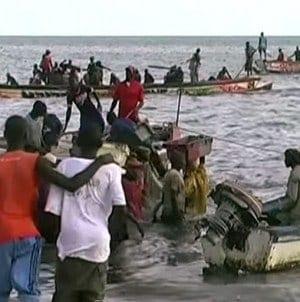 Tankowiec z imigrantami na pokładzie rozbił się u wybrzeży Grecji
