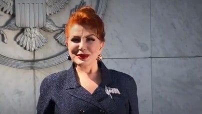 Mosbacher broni LGBT i  krytykuje Polaków. Internauci bezlitośni