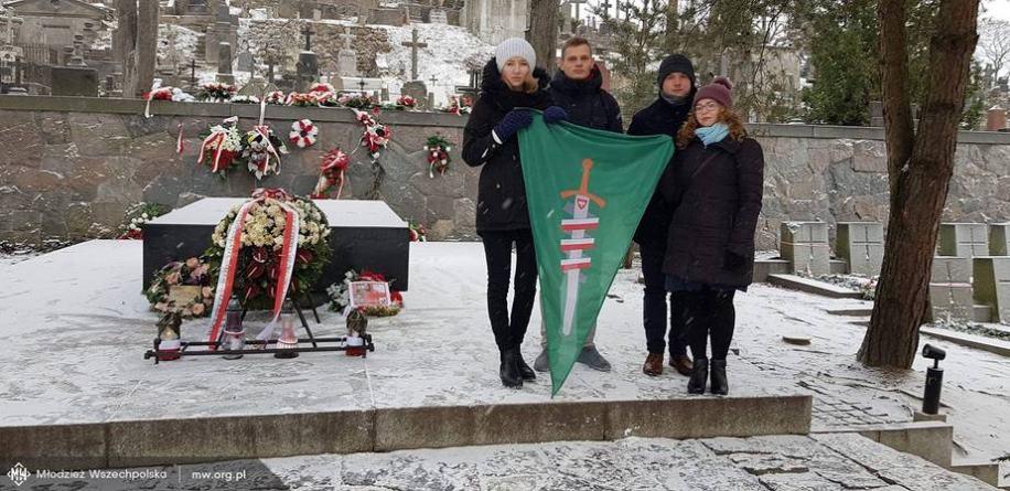 Wszechpolacy wyruszyli z darami na Litwę
