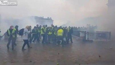 Francuska policja obawia się najgorszego! Rewolucja?