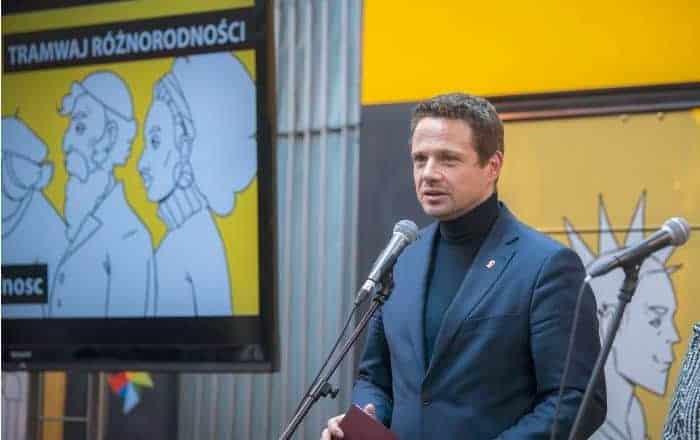 Co ukrywa Trzaskowski? Warszawski ratusz odmawia  informacji na temat zajęć edukacji seksualnej
