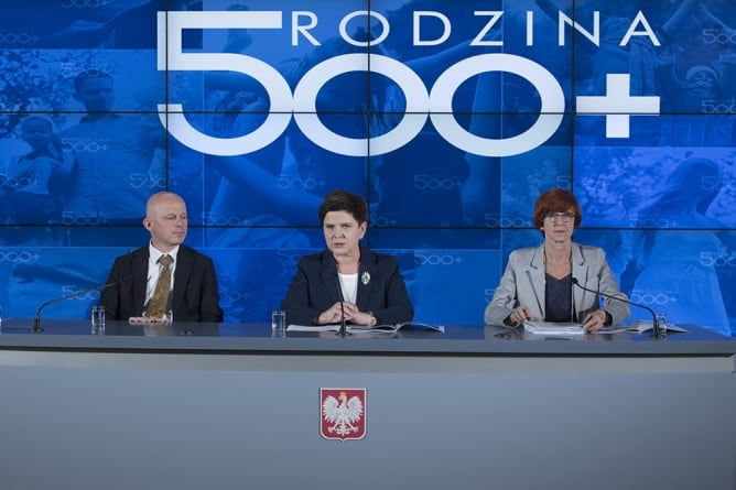 500+ dla Ukraińców? Opłaca im się sprowadzać do Polski całe rodziny