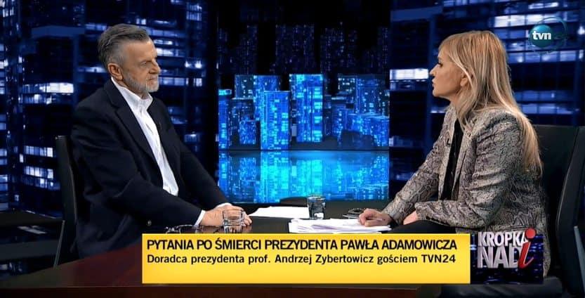 """Wymiana ciosów w """"Kropce nad i"""". Prof. Zybertowicz ZAORAŁ Stokrotkę"""
