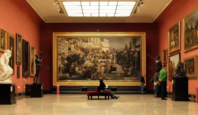 """Włochy: za propagowanie hejtu czeka """"surowa"""" kara – wizyta w galerii sztuki"""