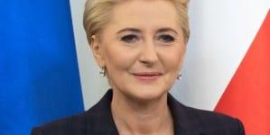 """Jolanta Kwaśniewska ostro skrytykowała pierwszą damę:""""Podobno milczenie jest złotem"""""""