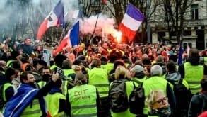 Żółte kamizelki nadal protestują. Zamieszki w Paryżu, Bordeaux i Tuluzie