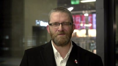 Bezpardonowy atak Telewizji Republika na Grzegorza Brauna