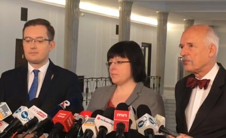 Najnowszy sondaż: Koalicja narodowo-wolnościowa przed partią Biedronia