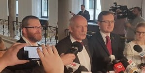 Nie dla roszczeń żydowskich i wojny z Iranem  – konferencja prasowa w sejmie
