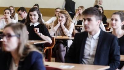 Alarm bombowy w 122 szkołach nie naruszył egzaminu maturalnego