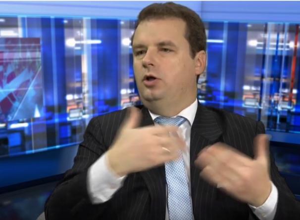 """Wilk szokuje! """"Trzeba będzie zagryźć zęby i zagłosować na Trzaskowskiego"""""""