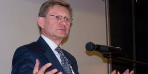Leszek Balcerowicz ostro komentuje poczynania Biedronia i Kosiniaka Kamysza. Poseł Lewicy nie pozostał mu dłużny