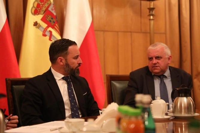 Lider hiszpańskiej partii prawicowej VOX spotka się w Polsce z Kaczyńskim