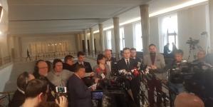 """Wielki """"Marsz Suwerenności"""" 1 maja w Warszawie [WIDEO]"""