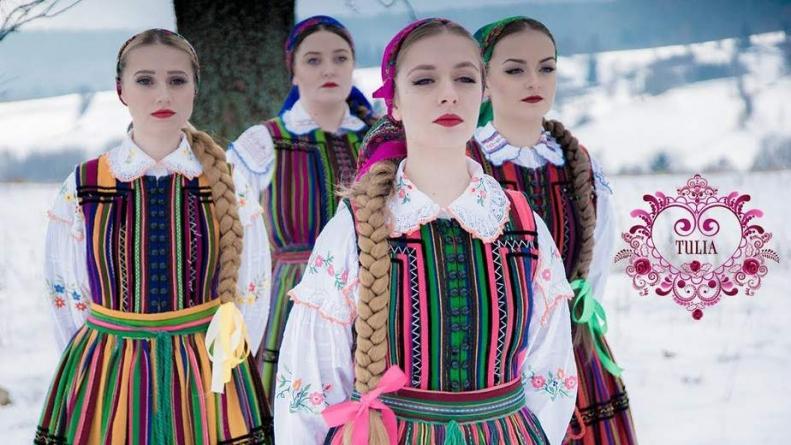 """Usunięto krzyż z teledysku promującego Polskę na Eurowizji: """"To celowy zabieg"""""""
