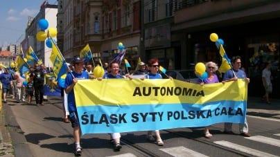 """Nie wszystkim politykom K'15 podobają się separatyści na ich listach: """"Antypolonizm, niemiecka narracja historyczna"""""""