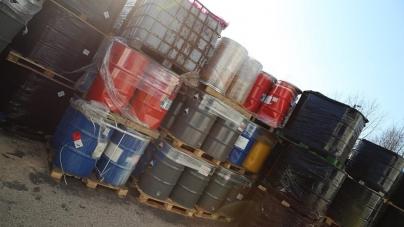 Policja rozbiła mafię śmieciową – firmy handlowały niebezpiecznymi odpadami