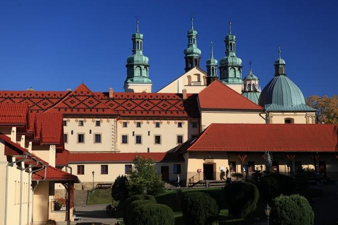 Burmistrz Kalwarii Zebrzydowskiej będzie bronił polskich dzieci. Poparł Barbarę Nowak