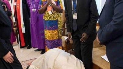 Skandaliczne zachowanie Papieża Franciszka!