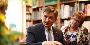 Mimo utraty stanowiska za mieszkanie Kuchcińskiego ciągle płaci Sejm