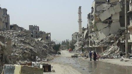100 tysięcy ludzi ucieka z Syrii, ponad 150 osób zabitych