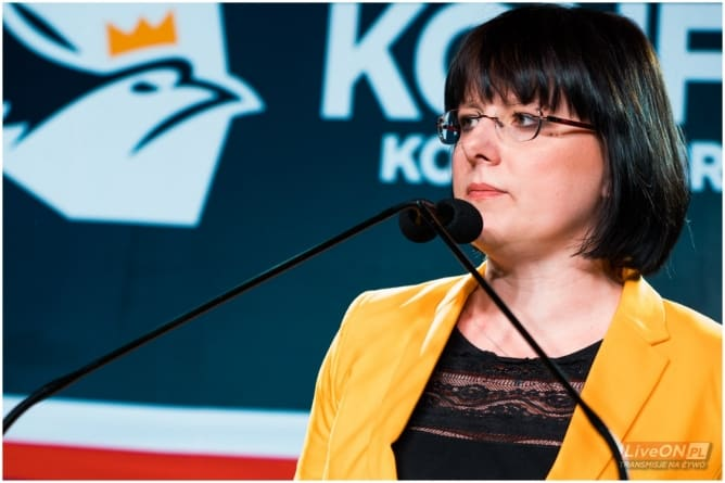 """Kaja Godek obnaża kłamstwa PiS: """"Odkąd wzięli stołki nie troszczą się o Polaków"""""""