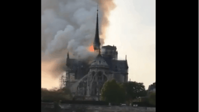 """""""Pożar w Notre Dame rozbudził wiarę. To był znak"""" – ks. Chauvet o przebudzeniu wiary we Francji"""