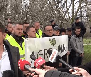 """Protest rolników w Warszawie: """"Ostatni krzyk Polskiej wsi"""""""