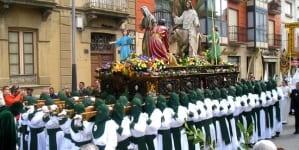 Udaremniono samobójczy atak dżihadysty na katolicką procesję w Sewilli