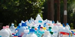 Kaucja w sklepach za plastikowe butelki