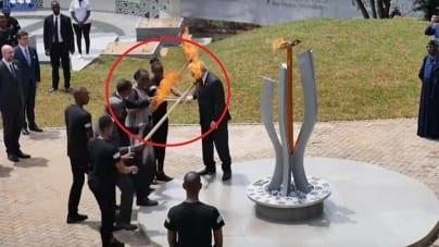 Oto symbol UE! Pijany Juncker prawie PODPALIŁ pierwszą damę Rwandy