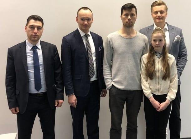 """Cały świat dziękuje za uratowanie rosyjskiej rodziny. """"Polacy są bohaterami"""""""