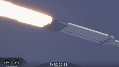 Niesamowity start rakiety Falcon Heavy! Historyczny moment dla SpaceX