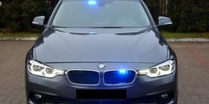 Policja ukarała 40 kierowców mandatami za nielegalne wyścigi samochodowe