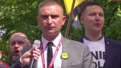 """Bąkiewicz apeluje ws. roszczeń żydowskich: """"Nie odpuszczajmy tematu Just Act, który lada chwila powróci"""""""