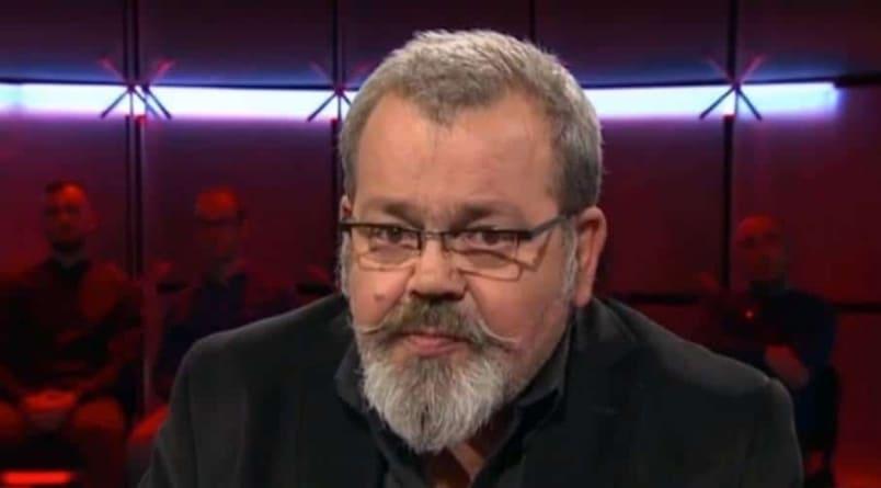 PILNE! Prof. Nalaskowski odwieszony. Pomogły Roty Niepodległości